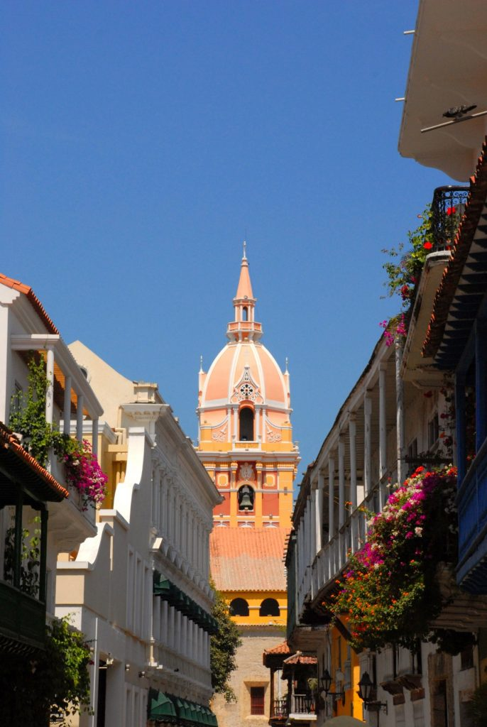 cathedral_dome_cartagena_colombia_church_facade-1266969